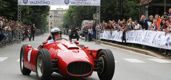 Il Salone dell'Auto di Torino raddoppia e fa sfilare le automobili per le strade della città