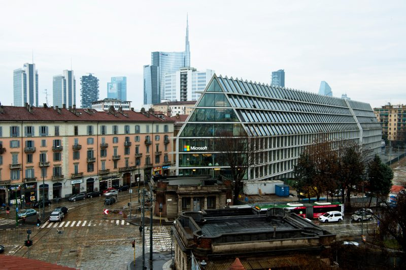 A Milano nuova sede per l'innovazione — Microsoft