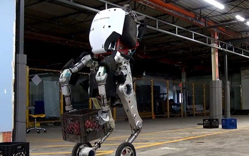 Handle, nasce il nuovo robot di Google: agile e flessibile