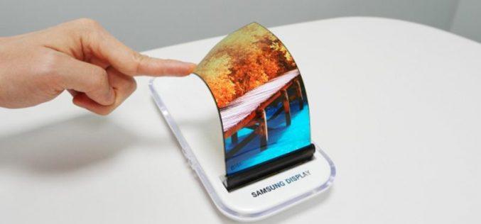 Galaxy X lo smartphone pieghevole è in arrivo, lo conferma Samsung