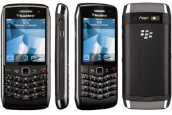 WhatsApp fa felici gli utenti BlackBerry: supporto esteso oltre il termine