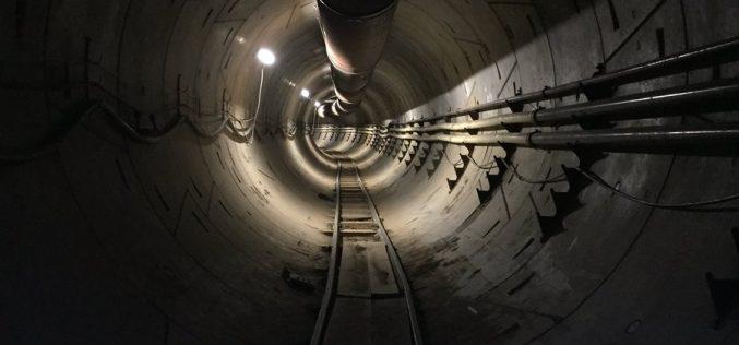 Ecco il primo sguardo all'autostrada sotterranea di Elon Musk
