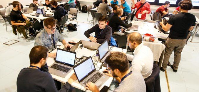 """#HackDev17: da oggi la Pubblica Amministrazione è più """"open"""""""