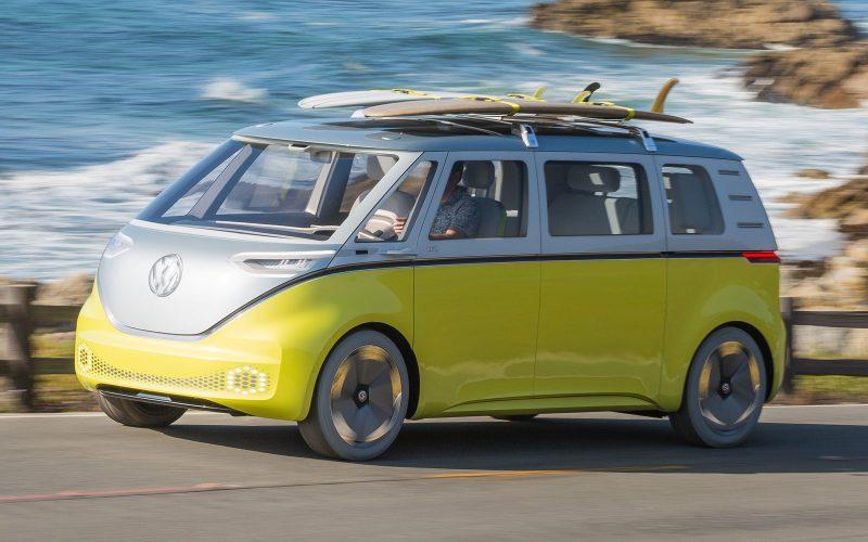 Il mitico van Volkswagen è pronto a tornare in versione elettrica