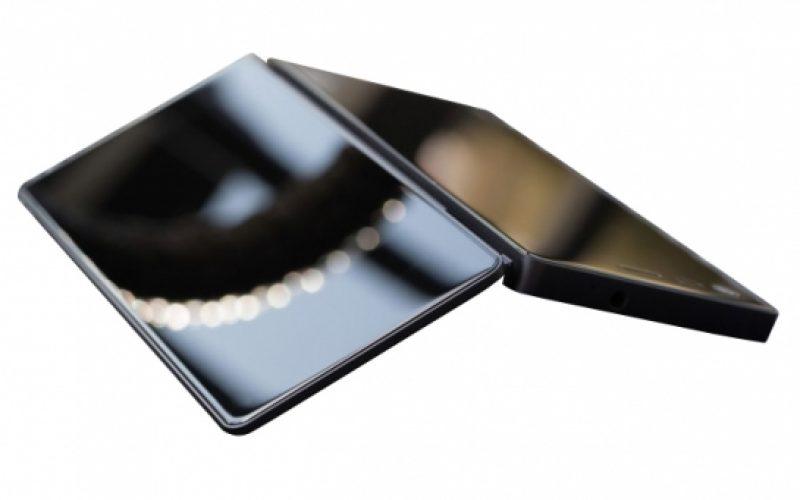 ZTE Axon M: lo smartphone pieghevole esiste