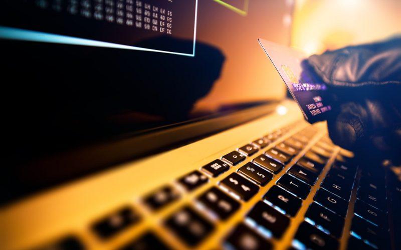 Shopping natalizio a rischio di attacchi DDoS e vulnerabilità dei POS