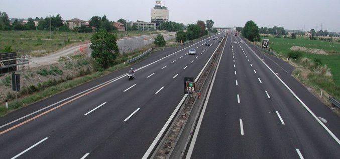 Motocicli elettrici: depositato disegno di legge sulla circolazione in autostrada