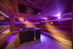 """Il mondo delle saune all'Hotel Tratterhof: il benessere è """"event-night, bio e infrarossi""""."""