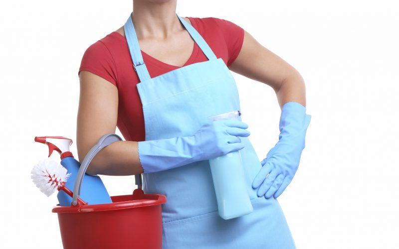 Prodotti per le pulizie domestiche: dannosi come le sigarette