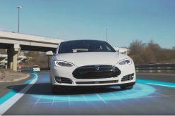 Autopilot di Tesla sta per offrire davvero la guida autonoma
