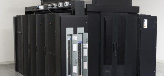 """A HyperPod di Schneider Electric il premio """"Innovazione dell'anno per Data Center"""" ai DCS Awards 2018"""