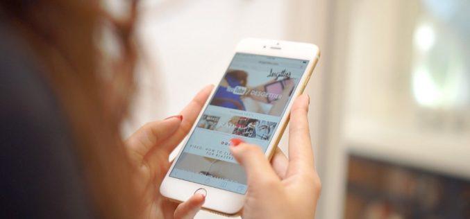 """Le femministe contro iPhone XS: """"Troppo grande per le mani delle donne"""""""