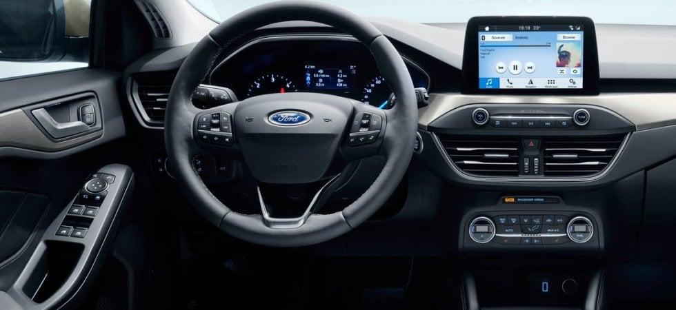 ford immagina la mobilità con i veicoli connessi