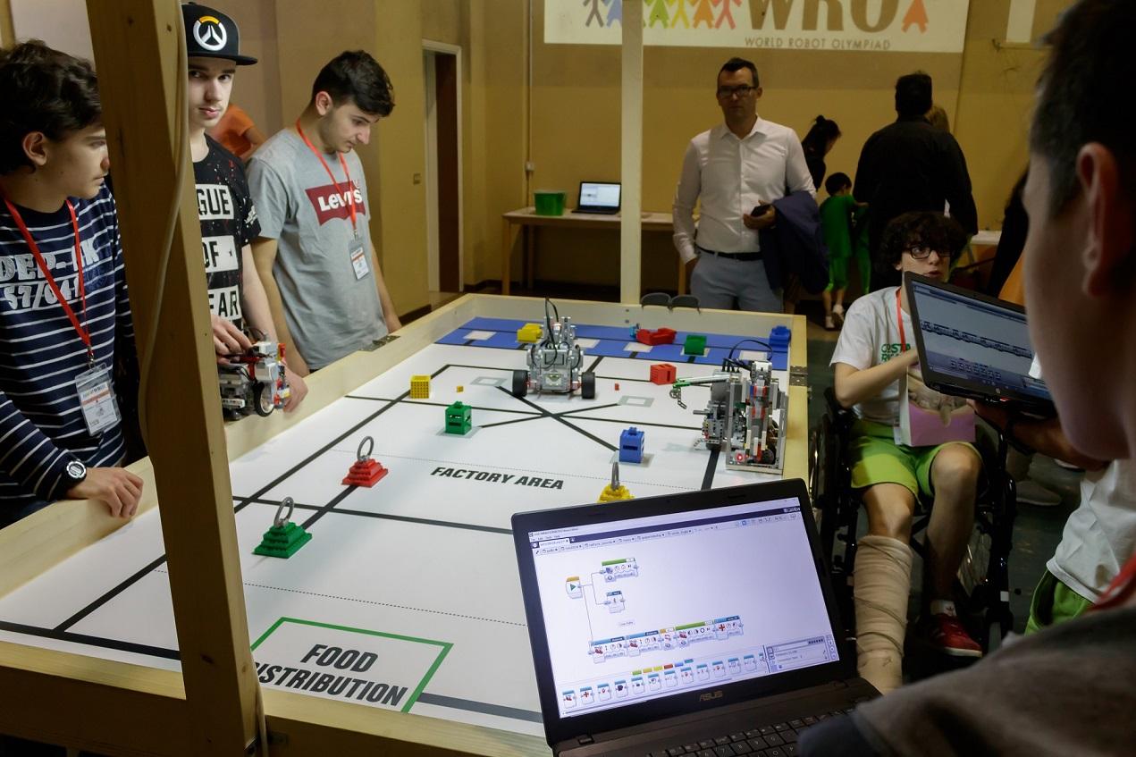 In Thailandia al via le Olimpiadi della robotica