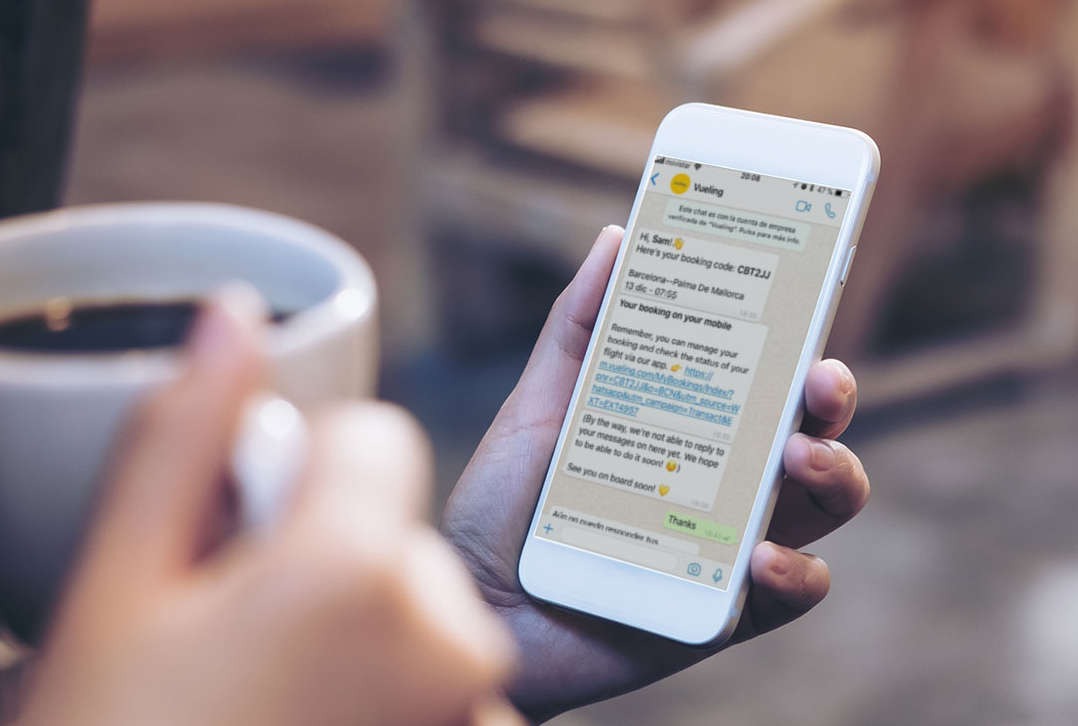 Vueling integra WhatsApp Business nella sua app