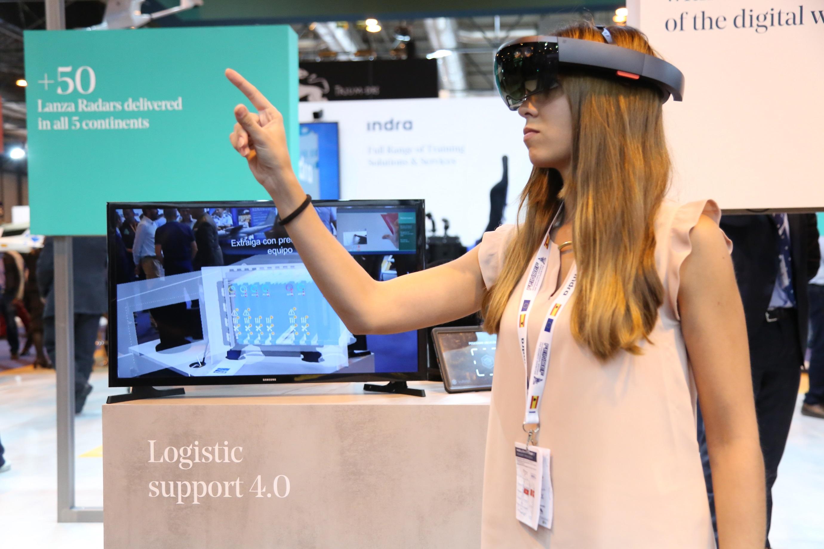 Indra: occhiali di realtà aumentata per la manutenzione dei sistemi di difesa