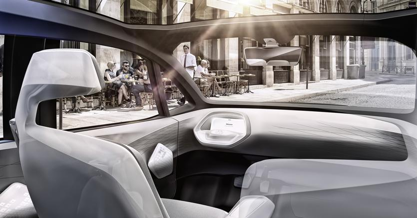 Auto a guida autonoma: cresce l'attesa ma persistono le barriere all'implementazione