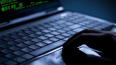 Shopping e furti online: i consigli su come denunciarli