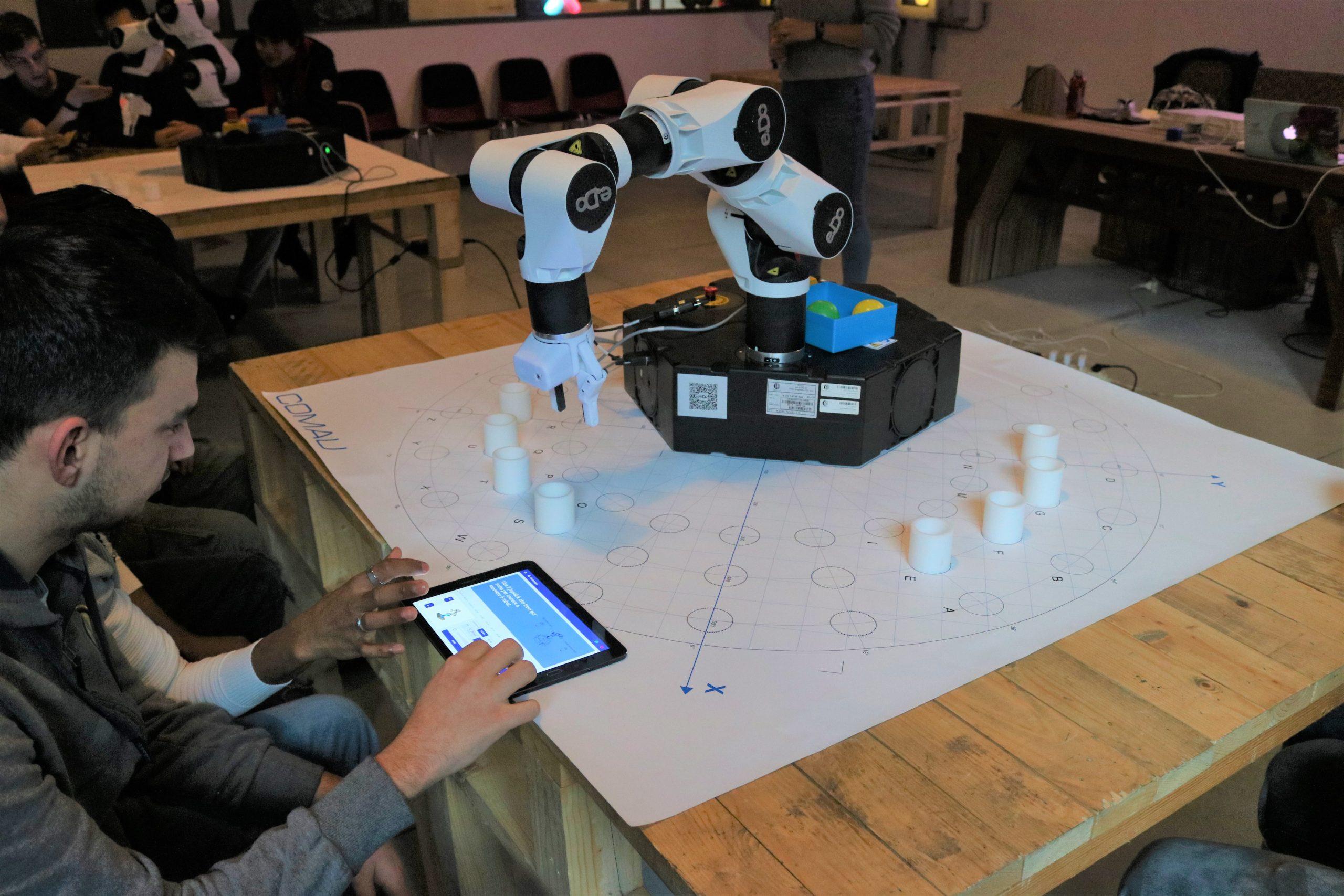 Come programmare un robot: a