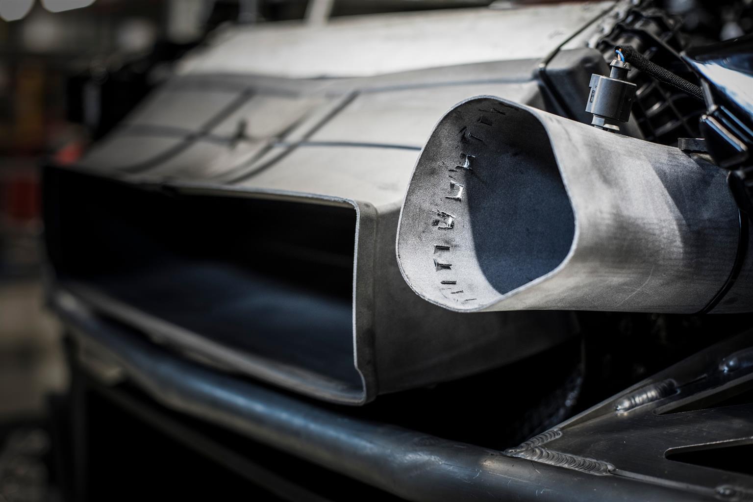 auto stampata in 3D : la stampa dei componenti