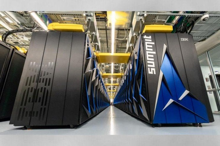 COVID-19: il supercomputer Summit di IBM in campo per combattere il virus