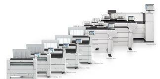 Canon annuncia il lancio di nuove soluzioni di stampa di grande formato