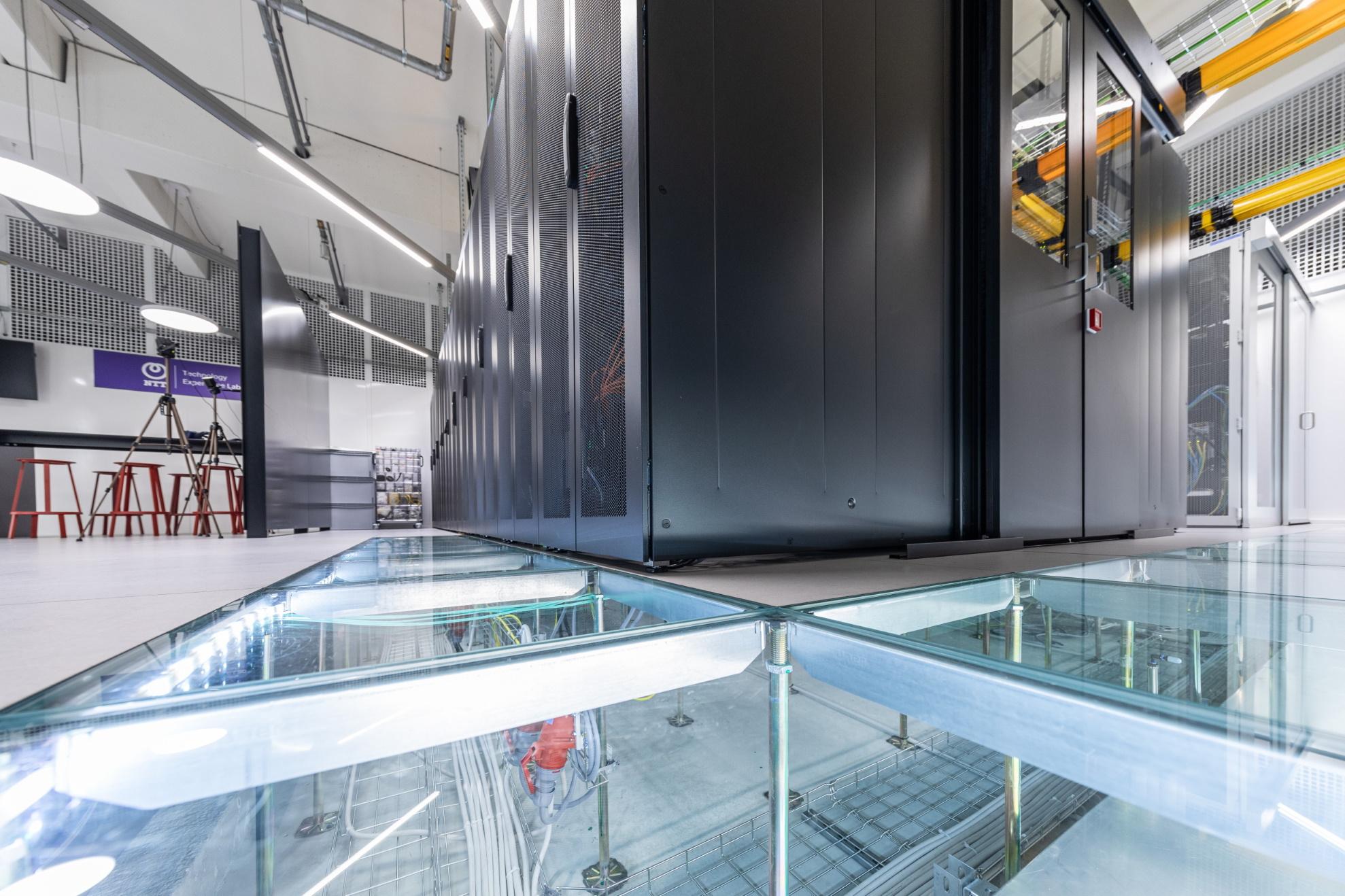Rosenberger OSI diventa partner del Technology Experience Lab di NTT a Francoforte