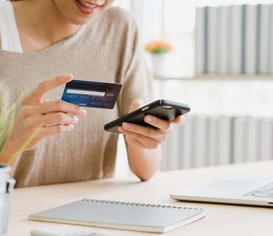 Covid-19 traina la digitalizzazione dei sistemi di pagamento e l'abbandono del contante in Italia