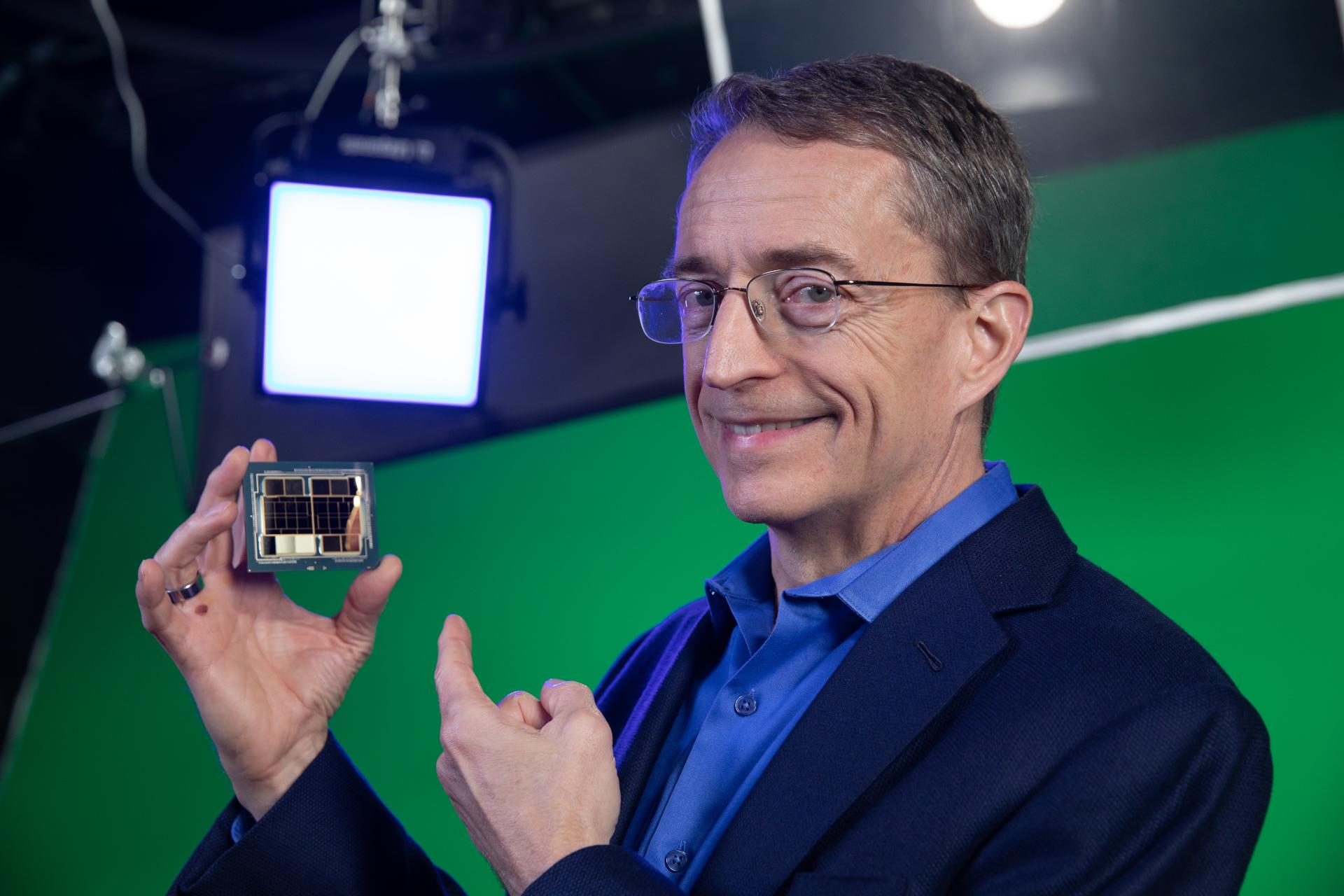 Intel annuncia la strategia di produzione IDM 2.0