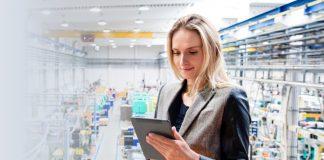 Industry 4.0, il 56% degli executive investirebbe in digital transformation