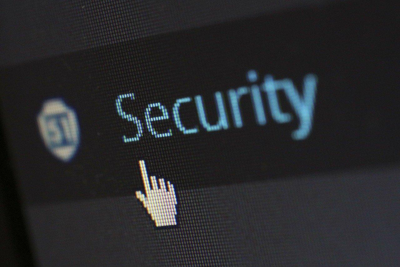 Combinando gestione delle patch e password sicure si può ridurre fino al 60% il rischio di attacchi informatici